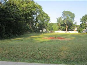 Photo of 1686 Litchfield Turnpike, Woodbridge, CT 06525 (MLS # 170220325)