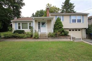 Photo of 30 Wintergreen Drive, Waterford, CT 06375 (MLS # 170125327)
