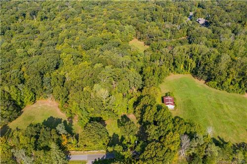 Photo of 18/1 Hoop Pole Hill Road, Chester, CT 06412 (MLS # 170336329)