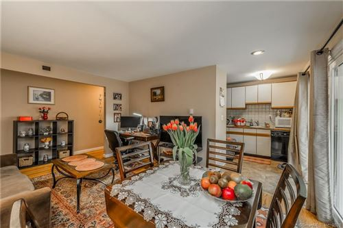 Photo of 1622 Farmington Avenue #4, Farmington, CT 06085 (MLS # 170384337)