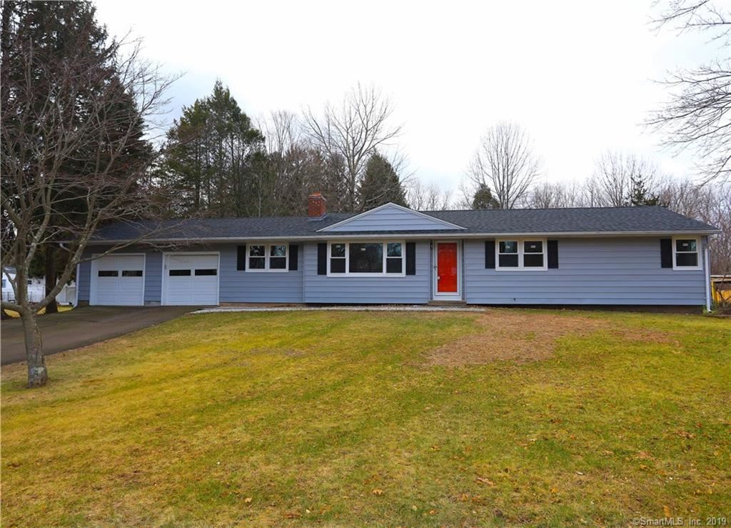 Photo for 376 Sterling Place, Hamden, CT 06514 (MLS # 170154349)