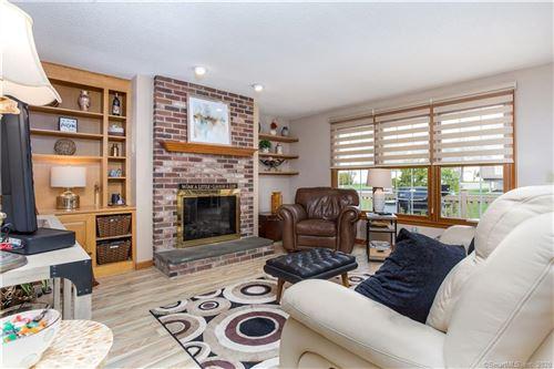 Photo of 51 Perkins Row, Wethersfield, CT 06109 (MLS # 170283353)