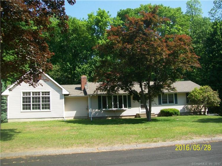 Photo for 9 Brentley Drive, Shelton, CT 06484 (MLS # 170022366)
