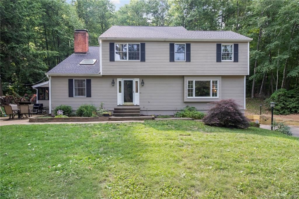 Photo for 33 Northgate, Simsbury, CT 06070 (MLS # 170215373)