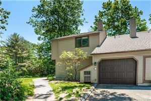 Photo of 4 Sycamore Lane #4, Avon, CT 06001 (MLS # 170179378)