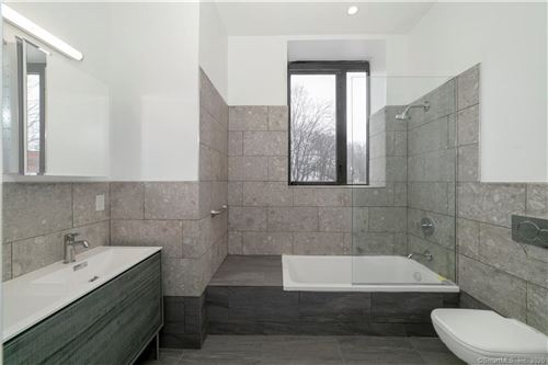 Photo of 847 State Street #1B, New Haven, CT 06511 (MLS # 170299381)