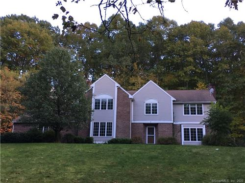 Photo of 17 Fall Brook, Avon, CT 06001 (MLS # 170343383)