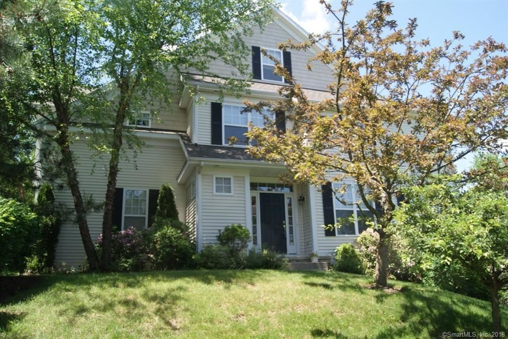 Photo for 8 Faith Lane #8, Danbury, CT 06810 (MLS # 170052384)