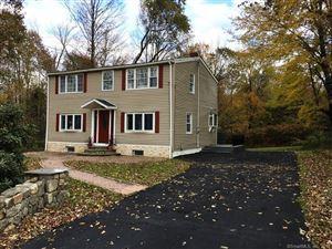 Photo of 31 Lockwood Road, Middlebury, CT 06762 (MLS # 170097387)
