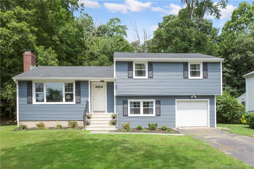 Photo for 100 Brooklawn Terrace, Fairfield, CT 06825 (MLS # 170209398)