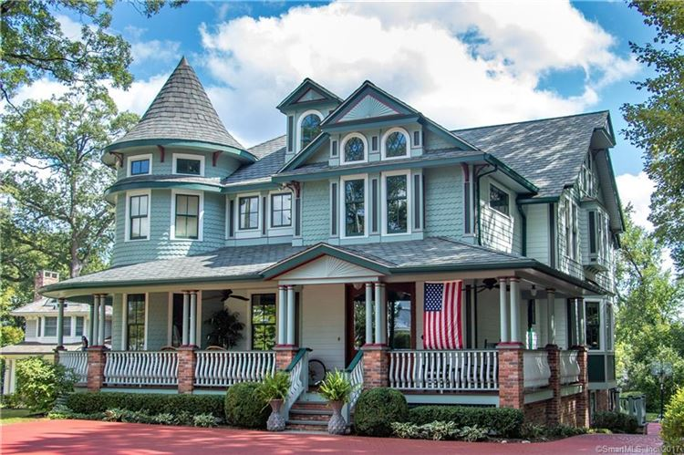 Photo for 83 Oak Street, New Canaan, CT 06840 (MLS # 170021400)