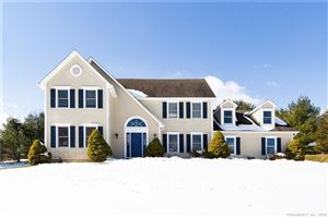 Photo of 43 Falcon Crest Road, Middlebury, CT 06762 (MLS # 170062405)