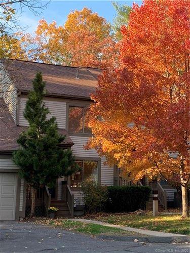 Photo of 3 Overlook Court #3, Avon, CT 06001 (MLS # 170353409)