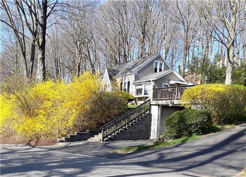 Photo of 94 Steinmann Avenue, Middlebury, CT 06762 (MLS # 170282419)