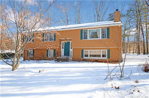 Photo of 43 Greenbriar Road, Oxford, CT 06478 (MLS # 170265426)