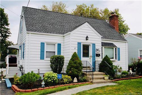 Photo of 32 Warner Avenue, West Haven, CT 06516 (MLS # 170326426)