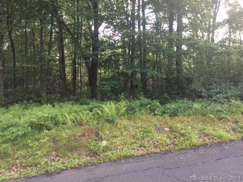 Photo of 33 Falls Road, Bethany, CT 06524 (MLS # 170421437)