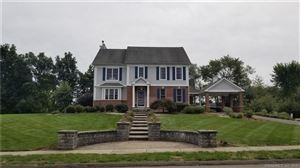 Photo of 13 Pinehurst Place, Middletown, CT 06457 (MLS # 170127439)
