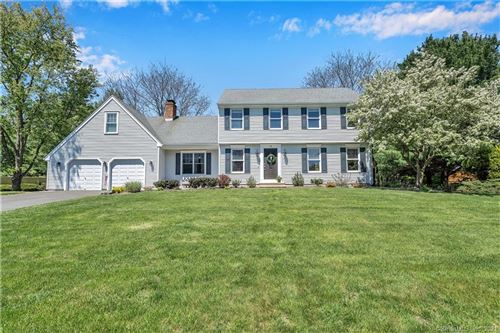 Photo of 18 South Pond Circle, Cheshire, CT 06410 (MLS # 170405454)
