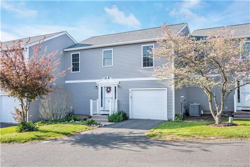 Photo of 6 Basswood Court #6, Bloomfield, CT 06002 (MLS # 170285457)