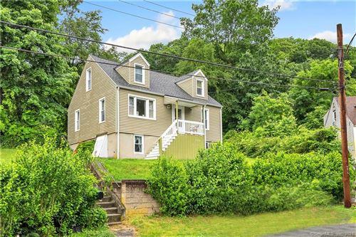 Photo of 32 Evelyn Road, Derby, CT 06418 (MLS # 170410457)
