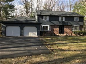 Photo of 76 Daventry Hill Road, Avon, CT 06001 (MLS # 170070462)