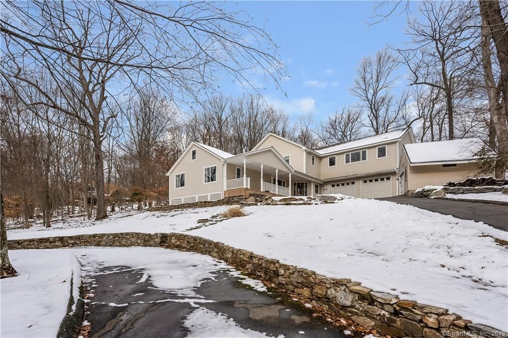 Photo of 896 Bear Hill Road, Middletown, CT 06457 (MLS # 170255473)