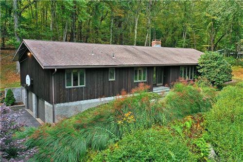 Photo of 8 Pine Ridge Road, Woodbridge, CT 06525 (MLS # 170443478)