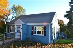 Photo of 23 Fifth Avenue, New London, CT 06320 (MLS # 170087479)