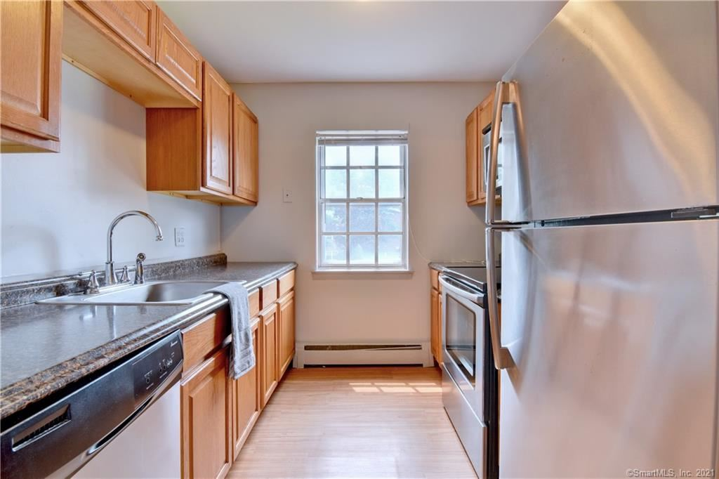 Photo for 1070 New Haven Avenue #60, Milford, CT 06460 (MLS # 170422480)
