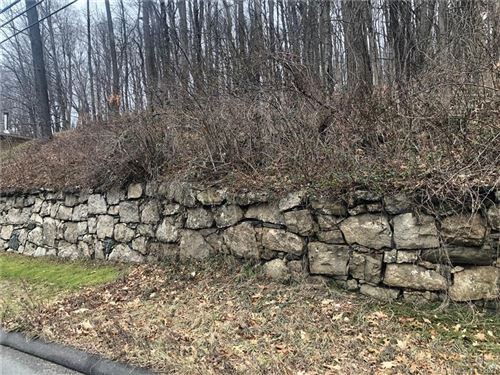 Photo of 30 New Road, Canton, CT 06019 (MLS # 170395484)