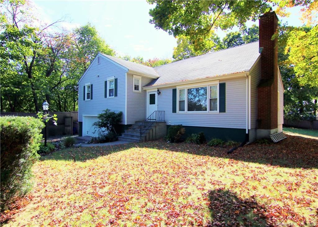 40 Maplewood Drive, Greenwich, CT 06807 - MLS#: 170245493