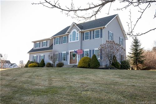 Photo of 25 Farmstead Lane, Suffield, CT 06078 (MLS # 170278496)