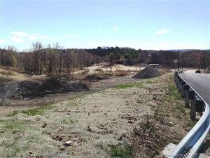 Photo of 622 Pearl Lake Road, Waterbury, CT 06706 (MLS # L10040498)