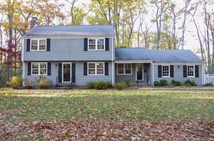 Photo of 4 Woodcliff Drive, Simsbury, CT 06070 (MLS # 170030503)