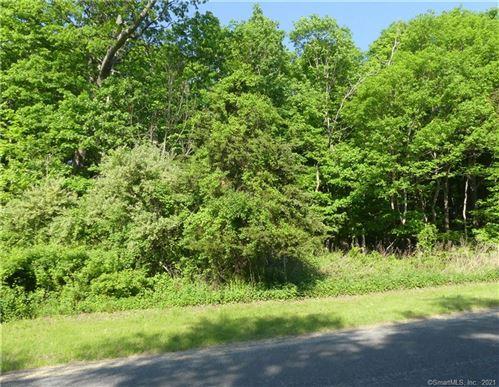 Photo of 5 Ashford Lane, Newtown, CT 06470 (MLS # 170440508)
