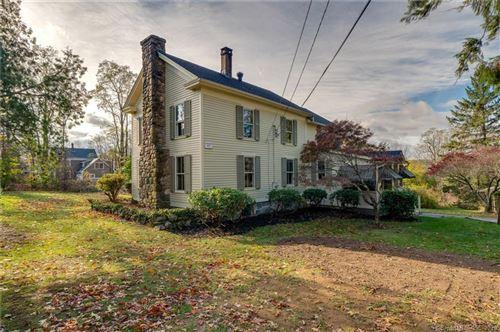 Photo of 27 Huckleberry Hill Road, Avon, CT 06001 (MLS # 170352510)