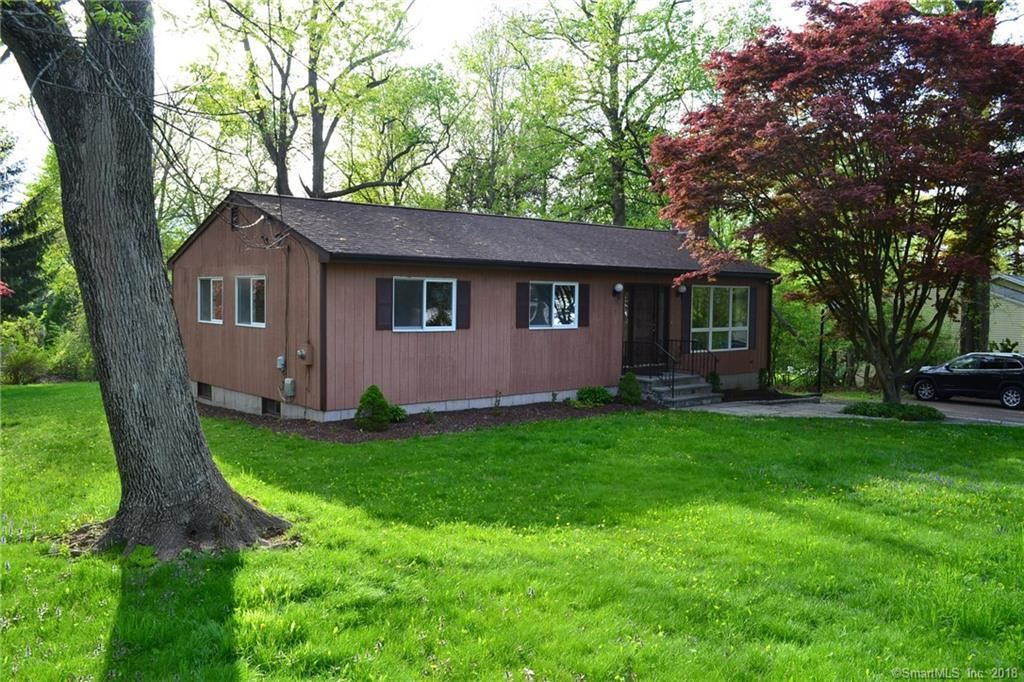 Photo for 7 Clark Road, New Fairfield, CT 06812 (MLS # 170084511)