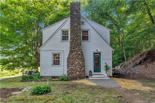 Photo of 4 Quonnipaug Hill Road, Guilford, CT 06437 (MLS # 170311528)