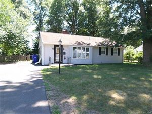 Photo of 5 Kelsey Place, Bloomfield, CT 06002 (MLS # 170108532)