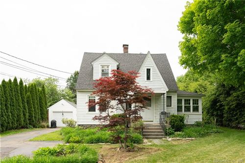 Photo of 109 Shadduck Road, Middlebury, CT 06762 (MLS # 170301532)