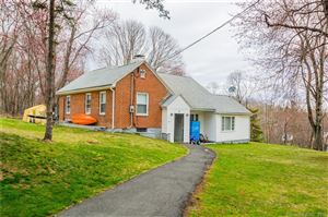 Photo of 8 Colonial Avenue, Middlebury, CT 06762 (MLS # 170058555)