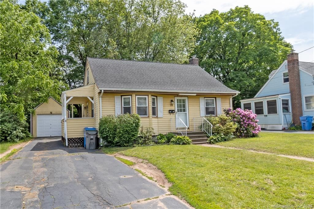38 Linnmore Drive, Manchester, CT 06040 - #: 170406560