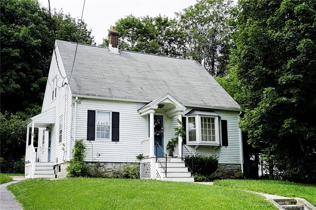 Photo of 34 Nelson Street, Torrington, CT 06790 (MLS # 170431562)