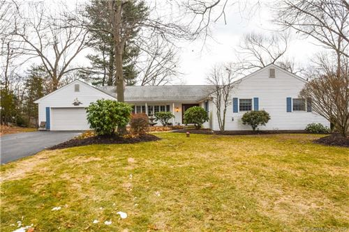 Photo of 10 Beacon Hill Drive, Bloomfield, CT 06002 (MLS # 170267567)