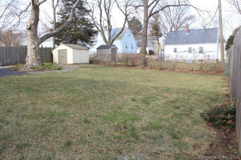 Photo of 19 Lynmoor Place, Hamden, CT 06517 (MLS # 170274567)