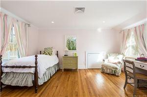Tiny photo for 1 Petticoat Lane, Darien, CT 06820 (MLS # 170052570)