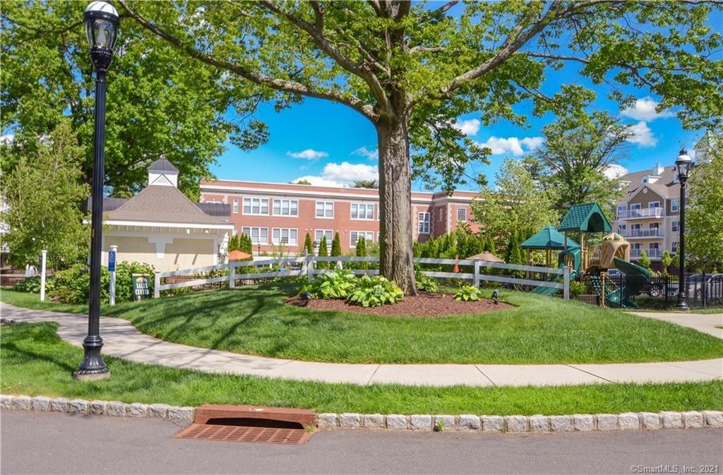 26 Schoolhouse Drive #303, West Hartford, CT 06110 - #: 170399570