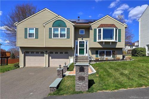 Photo of 266 Kendall Circle, Waterbury, CT 06708 (MLS # 170388576)