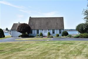 Photo of 44 Niantic River Road, Waterford, CT 06385 (MLS # 170004579)